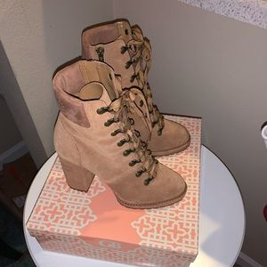Gianni Bini tan lace up boots. Size 8.5